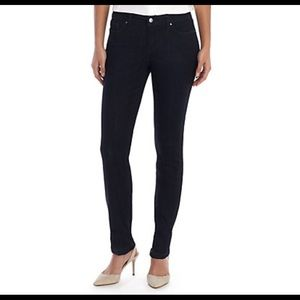 {The Limited} skinny jeans